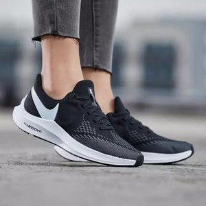 Nike Zoom Winflo 6 Women's Shoes